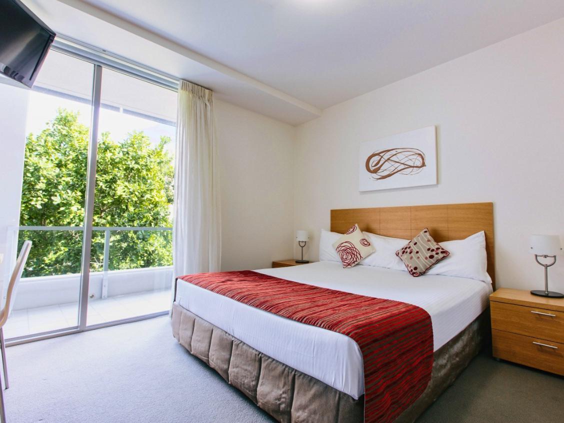 Tropic Towers Apartments Deals Reviews Cairns North Australia