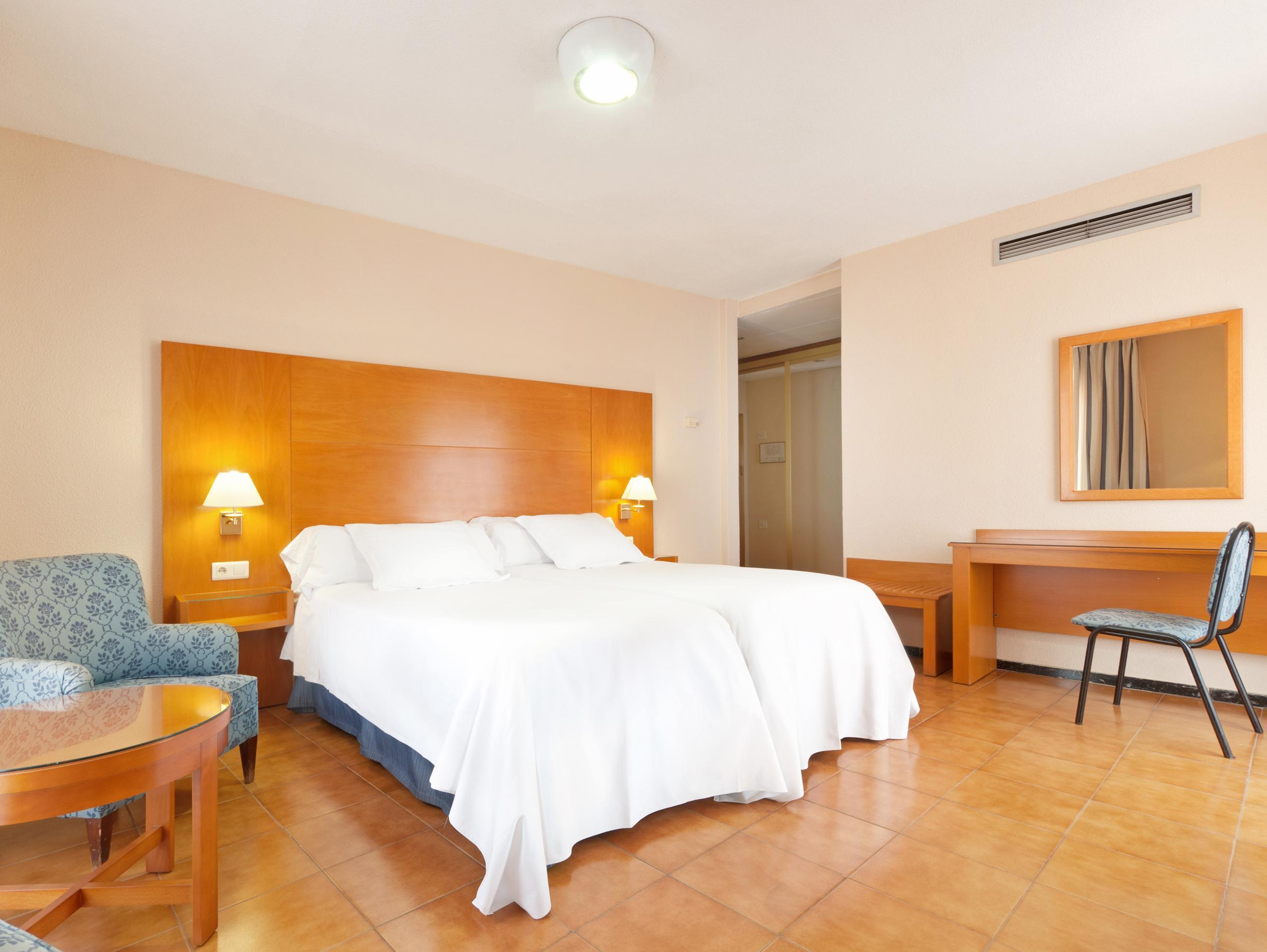 Отель в аликанте испания карта